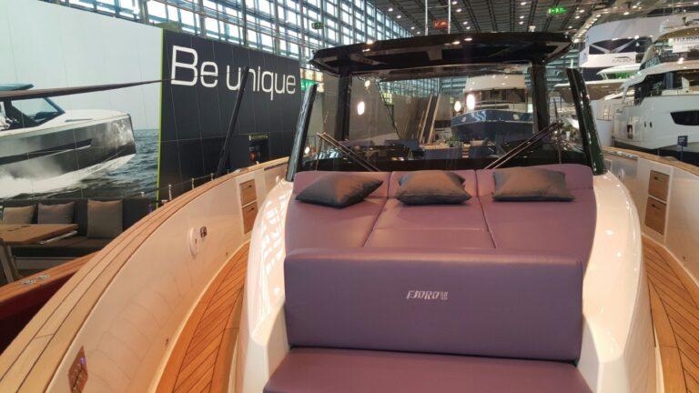 fjord 48 lounge en avant premiere mondiale au boot dusseldorf 1445.jpeg