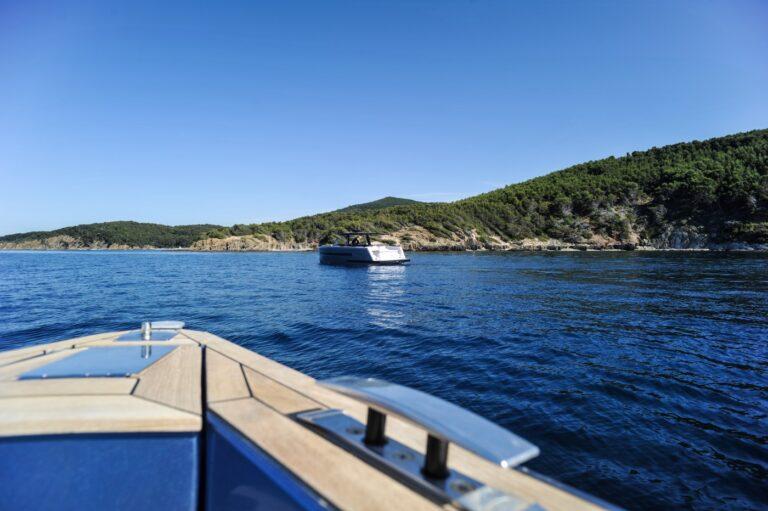 l ete arrive le fjord 48 et le fjord 40 prennent le large 1372